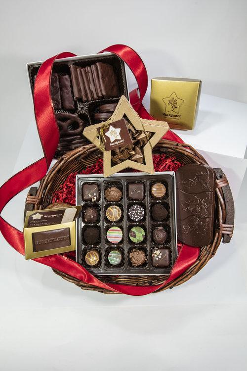 Grand Gift Basket Item 021